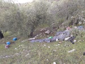 Ecologistas-en-Accion-Baena-denuncia-vertido-plasticos-Sierra-Zuheros