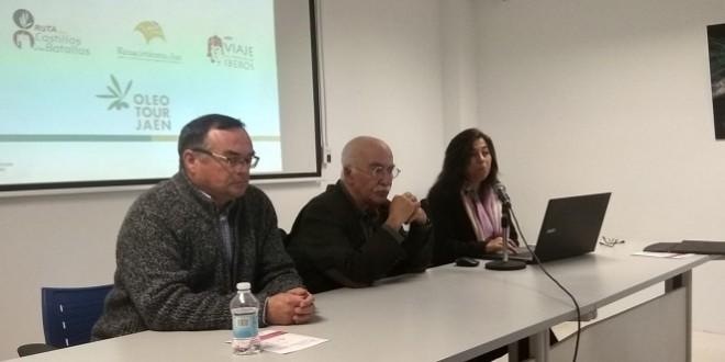 El arqueólogo municipal José Antonio Morena en estas jornadas 'Diálogo Intercultural  Fenicios-Íberos'.