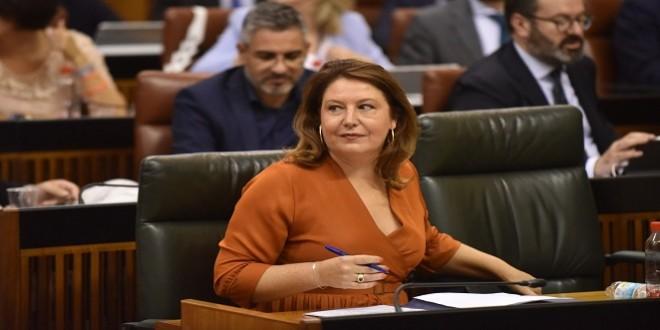 La consejera de Agricultura, Carmen Crespo, en una imagen de archivo en el Parlamento andaluz.