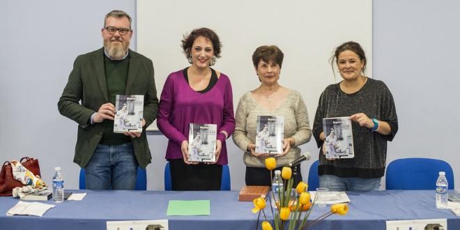 Presentación de la novela 'Mujeres de hojalata' de Eloisa Martínez.