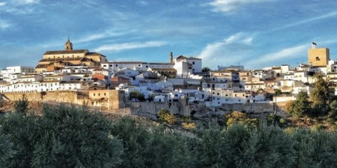 Una de las tres postales dedicadas al turismo de Baena que ha editado Correos.