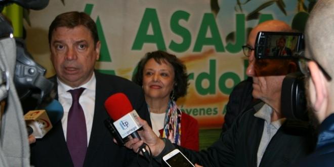 Imagen de archivo del ministro de Agricultura, Luis Planas, en una actividad organizada por Asaja Córdoba.