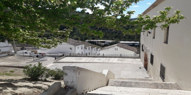 Plaza de la barriada de San Pedro. Archivo TV Baena.
