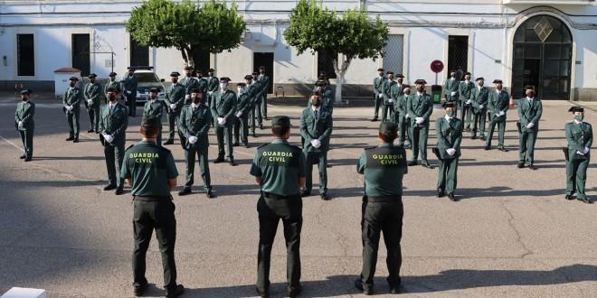 Se refuerza el puesto principal de la Guardia Civil en Baena con tres nuevos agentes - Televisión Baena